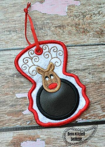 Reindeer Ornament -In the hoop