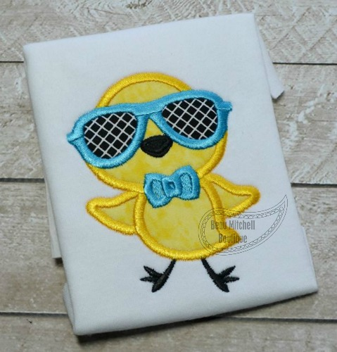 Chick glasses applique